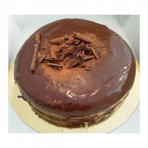 Tarta Muerte por Chocolate(12 porciones)